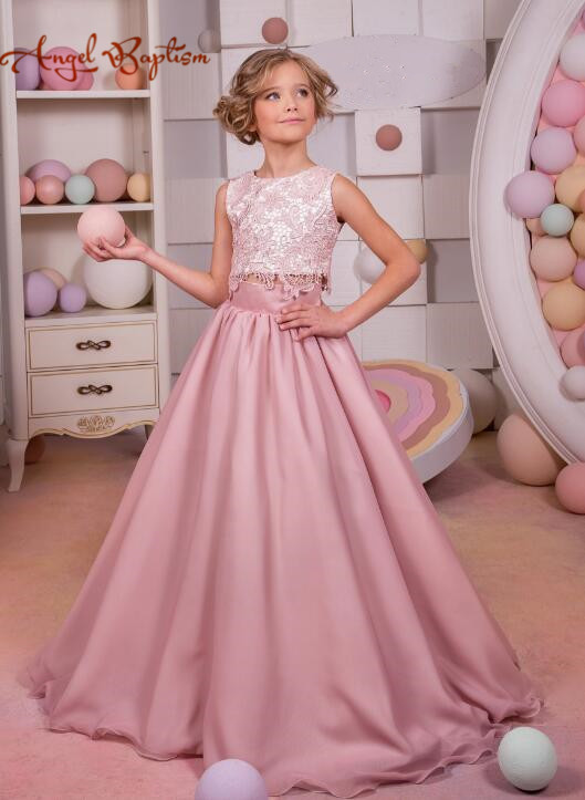 Здесь продается  Beauty two pieces blush pink long flower girl dresses with lace appliques A-line for beach wedding kid first communion gown  Детские товары