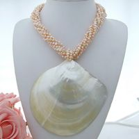 7Strands Fancy Pearl Shell Necklace Pendant