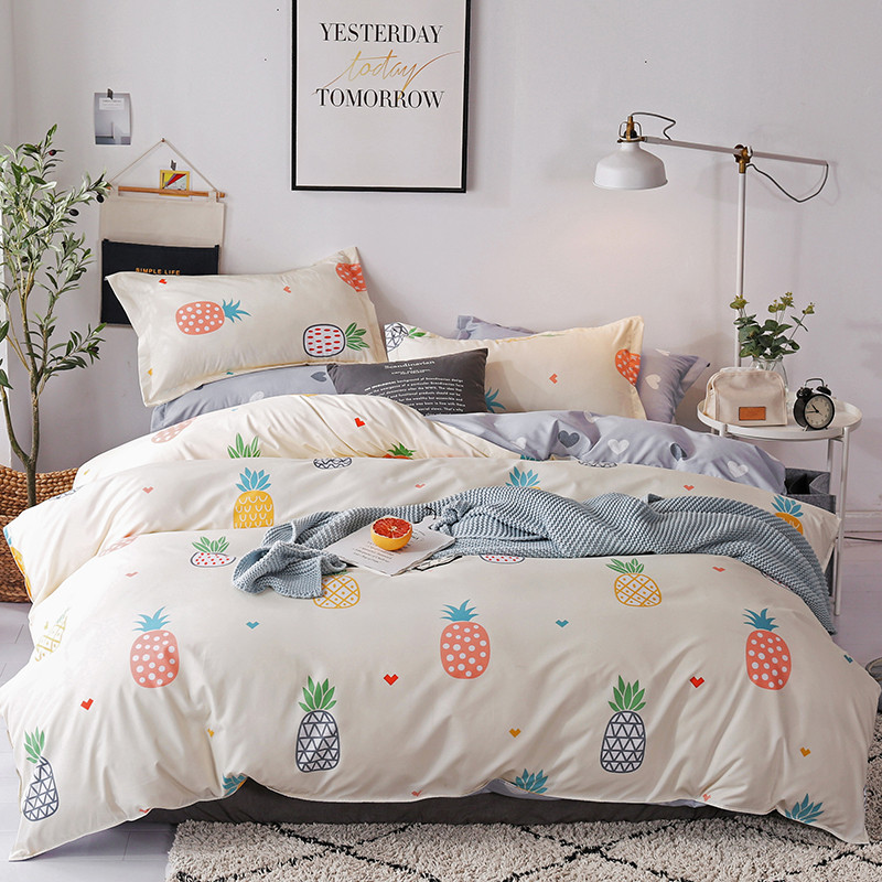 Brief Style Polyester bedding Sets Queen Twin Size Blanket Cover Set Sanding Fabric Cartoon Pineapple Printing Bed Linens|Bedding Sets|   - title=
