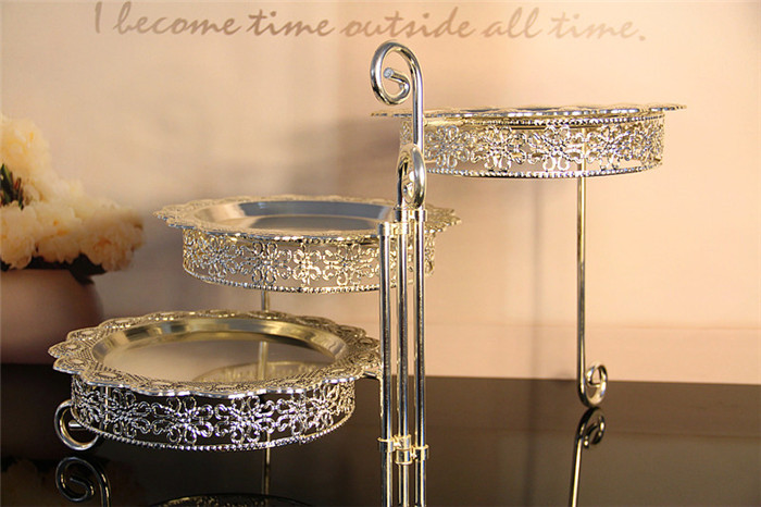3 Tier Iron Cake Stand with 3 Dish Silvery Cupcake Holder Desserts - Kitchen, Dining and Bar - Photo 4