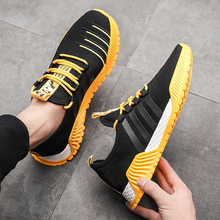 2019 New Style  Breathable Running Shoes Fashion Sneakers Popular Mens Mesh Cloth Comfortable Casual