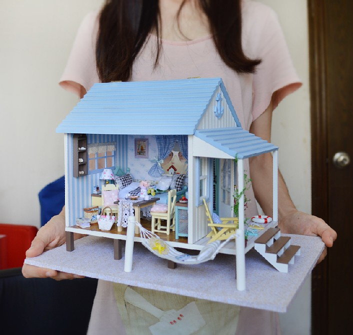 A017A Happiness Coast diy big dollhouse villa Holiday doll house miniature with voice LED lights free shipping d 500 0255 017 [ data bus components miniature coupler d 500 0255 017]