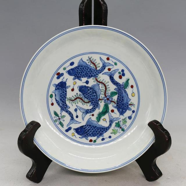 Antique MingDynasty porcelain plateBlue and white color fish Hand-painted crafts & Antique MingDynasty porcelain plateBlue and white color fish Hand ...