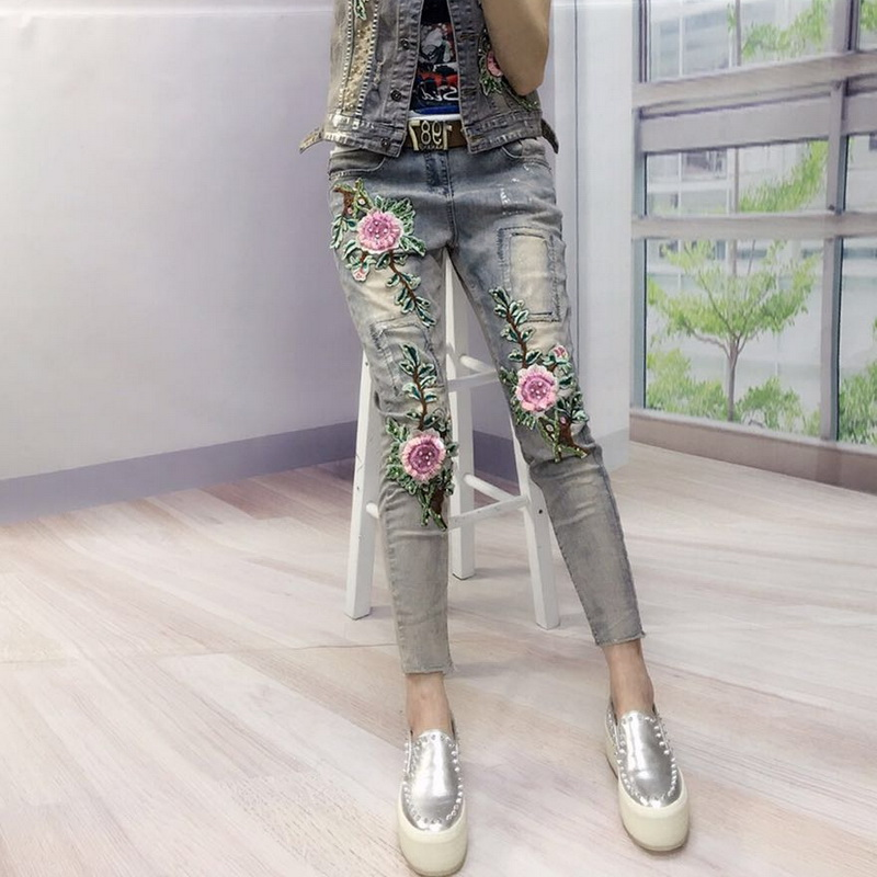 Woman 3D Flowers Skinny Pencil Jeans Beading Female Boyfriend Denim Pants Slim Vintage Trousers For Women L1119 summer boyfriend jeans for women hole ripped white lace flowers denim pants low waist mujer vintage skinny stretch jeans female