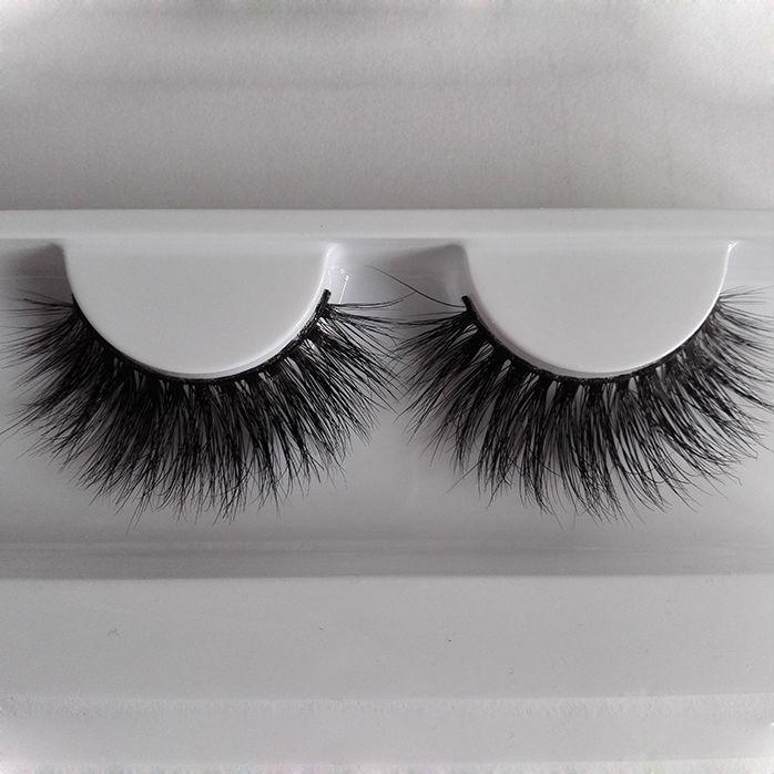 B06(1) lashes