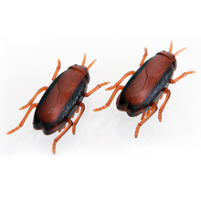 Pet Supplies Cats Fun Electronic Cockroach Cat Toy with Battery