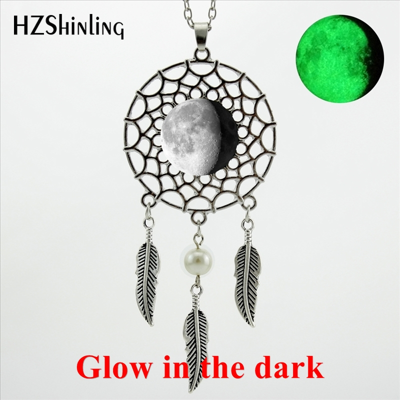 2017 New Arrival Glowing Jewelry Lunar Eclipse Dream Catcher Pendant Necklace Glow in the dark Full Moon Dreamcatcher Necklace