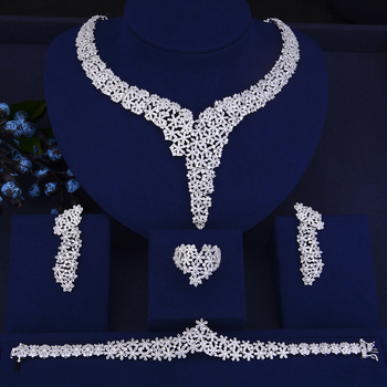 Elegant Crystal Rhinestones Large Choker Necklace Earrings Bracelet Ring Set