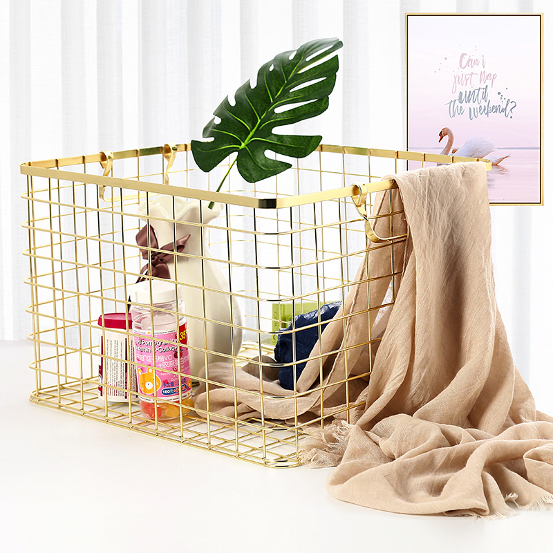 Metal Rose Gold Storage Basket Vogue Chic Nordic Hand-made Iron Net Table Shelves Basket Bath Clothes Cosmetics Storage Basket
