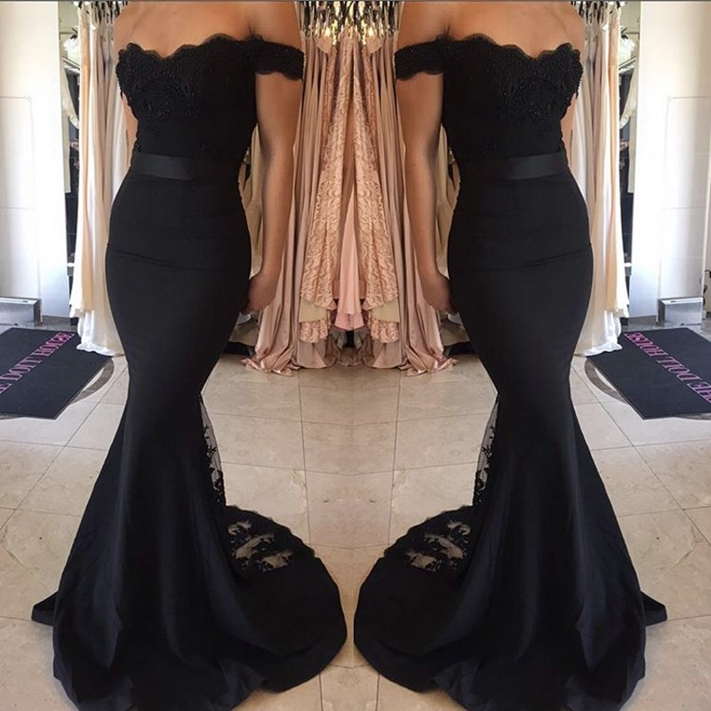 New Arrival Black Off Shoulder V-Neck Covered Button Backless Mermaid Crystal Lace Satin Bridesmaid Dresses Fast Shipping