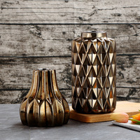 Creative Scandinavian Antique Ceramic Vases Simple Modern Living Room Model Room Antique Vase Gold Flower Geometry Jar Pot