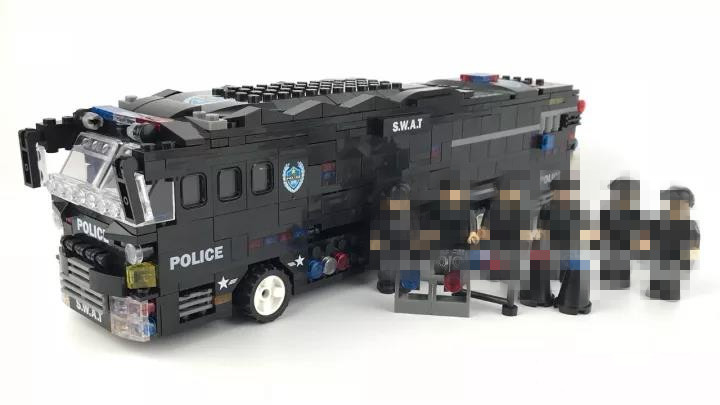 Military SWAT Team Storm Action Battle Bus 1092pcs Building Blocks Bricks Educational Toys for Children Gift DIY Model enlighten building blocks military submarine model building blocks 382 pcs diy bricks educational playmobil toys for children