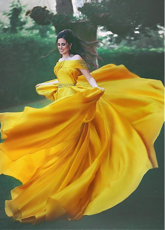 Nouveauté mode bateau cou a-ligne longues robes de soirée 2019 Robe de célébrité perlée plissé robes de bal Robe de soirée Abendkleider