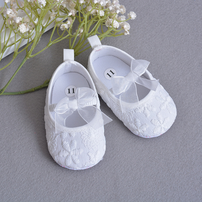 Soft Sole Flower Newborn Baby Girl Christening Shoes Headband Set 2017  Lovely Chaussure Bebe Fille Infantil Menina First Walkers c1f11b00008