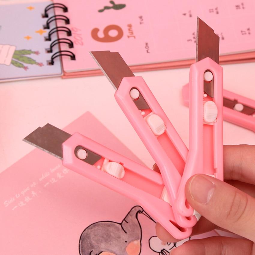 Cute Kawaii Cartoon Plastic Metal Art Knife Student Kids Supplies Knife Paper Cutting Knifes For School Office Stationery