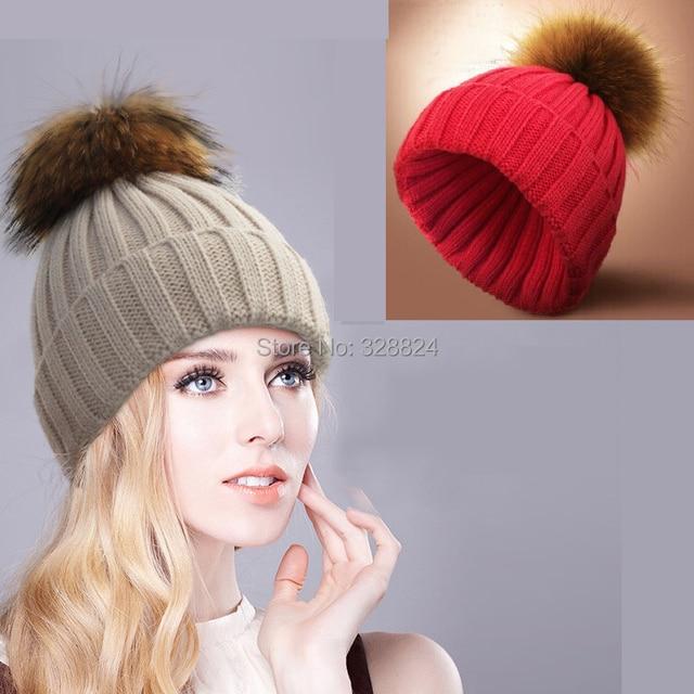 Multicolor threads knit cap really big new winter raccoon fur ball