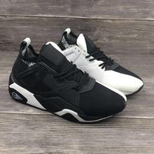 d39ba7a53 Nueva Llegada Negro Con Blanco Colores PUMA zapatos Respirables de Las  Mujeres Zapatillas de deporte de los Zapatos de Bádminton