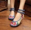 Veowalk Tamaño Grande 41 Bailarinas Zapatos de Baile Las Mujeres Del Pavo Real Bordado Únicos zapatos Ocasionales Suaves Zapatos de Tela Beijing Pisos A Pie