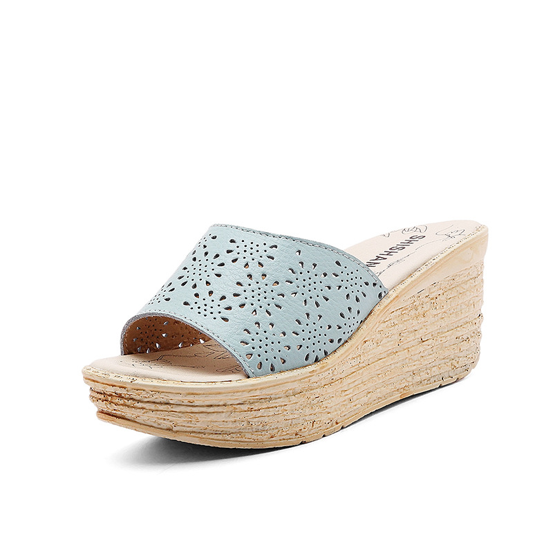 2018 New Women Slides Cut Out Female Summer Sandals Wedge Heel Platform Thick Bottom Hollow Out Slippers Black Blue White 35-40 2 5cm low heel rhinestones slides women sandals shoes 2016 female slippers hoof heel real photo ladies slides new arrival
