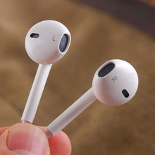 100% original White 3.5mm Earphones for Apple iPhone 5 / 6 6 / s Plus EarPods Earphone with Remote and Mic for iPhone / iPod