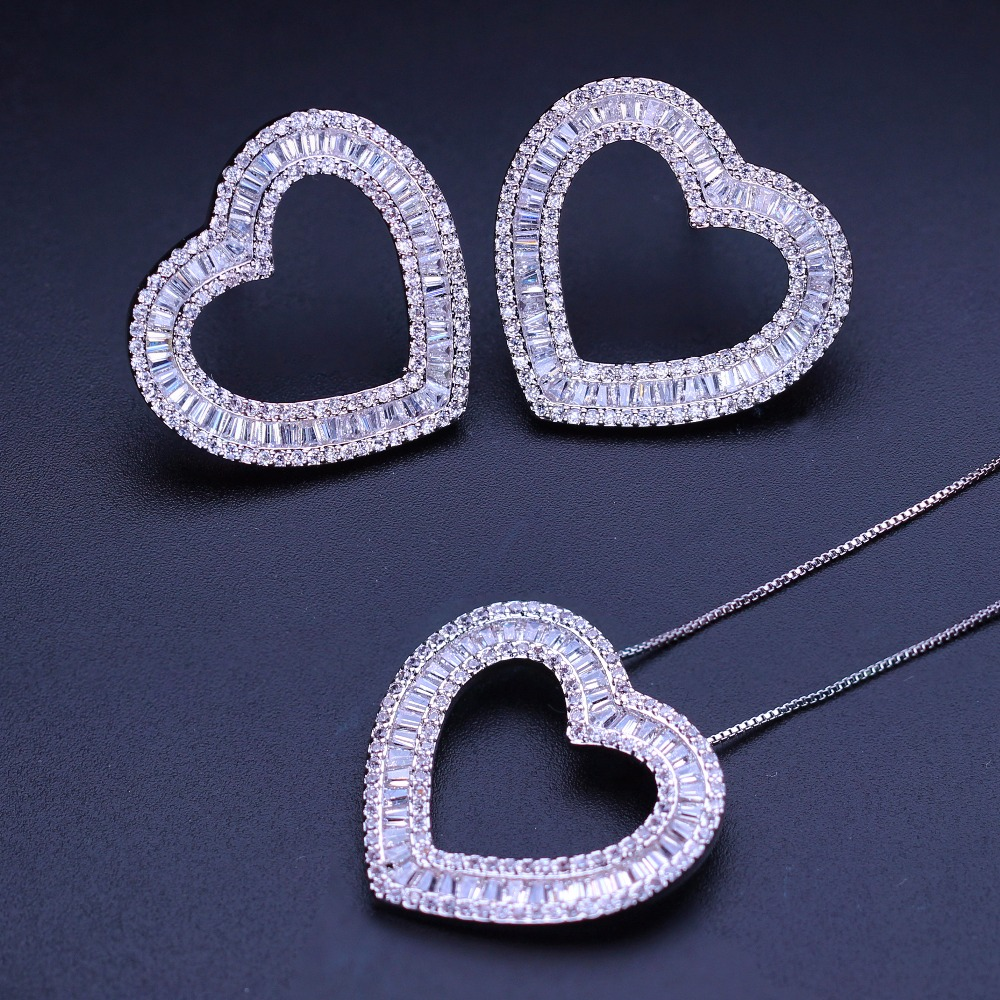 все цены на Love Heart pendants necklaces Stud Earrings Jewelry Sets Cubic zirconia Women's fashion Jewelry Sets SGY0012242G