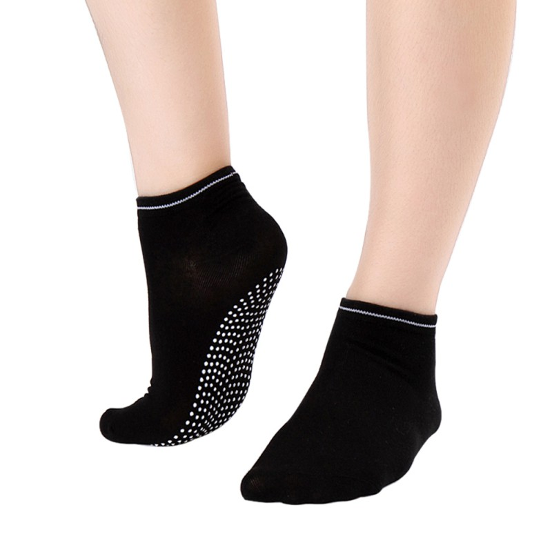 Women Fitness Cotton Gym Sports Socks Non Slip Massage Yoga Pilates Socks 12 Colors New 2017