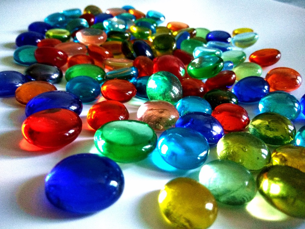 Popular decorative glass stones for vase buy cheap for Colored stones for crafts