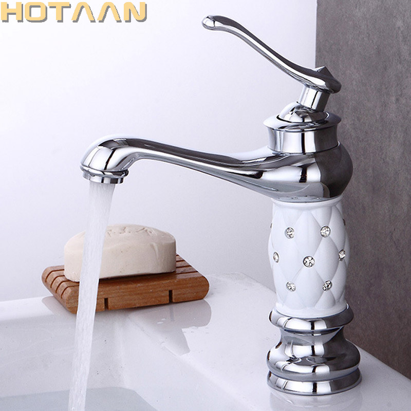 Basin Faucets Chrome Plated Bathroom Sink Faucet Creative Design Crystal Deck Mounted Hot and Cold Water Single Hole Mixer Taps