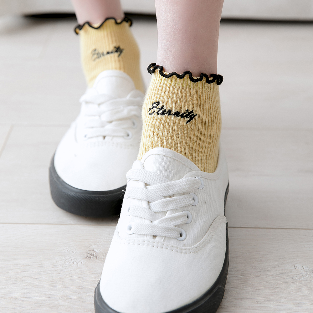 Women Embroidered Letters Candy Colors Woman   Socks   Harajuku Fashions Ankle   Sock   Cotton1 Pair