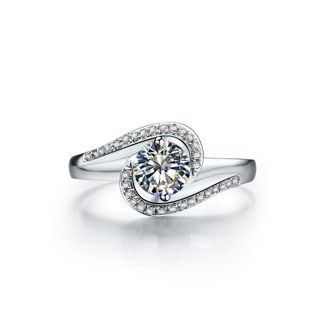 0.5CT Simple Adorable Sale Synthetic Diamond Ring .