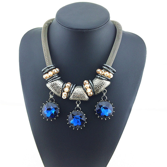 Fashion 3 Big Transparency Crystal Beads Necklace