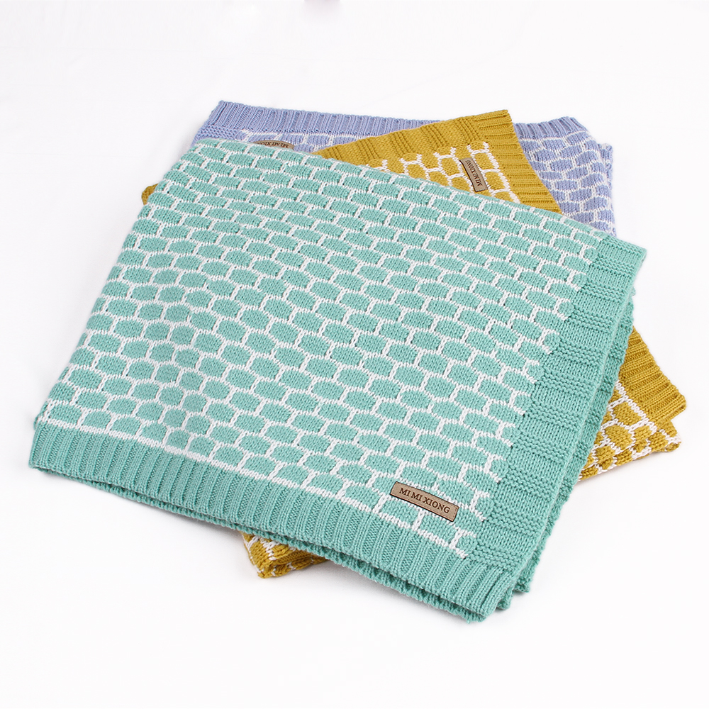 цена на Newborn Baby Wrap Muslin Swaddle Blanket Plaid Knitted Toddler Infant Basket Bedding Cover Winter Warm Unisex Blanket Super Soft