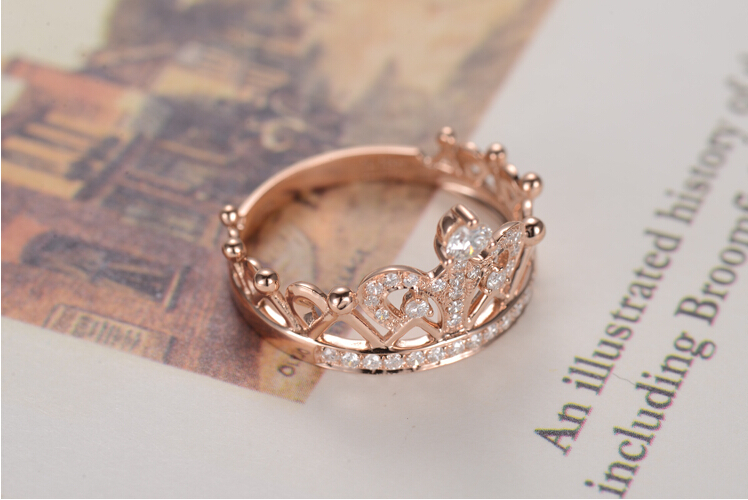 Lovely Queen Crown Ring 18KRose Gold Ring Diamond Au750 Rose Gold