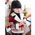 2016 Marca Meninas Inverno Quente Impressão Xadrez Outwear Bebê Menina Turn Down Collar Natal Princesa Escola Jaqueta de Inverno Venda Quente