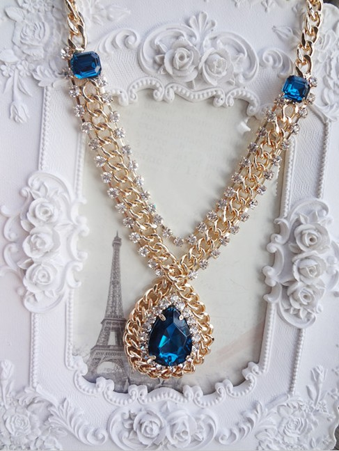 Free shipping 2018 new jewelry european wholesale fashion noble cutout chain royal crystal drop big gem pendant necklace women