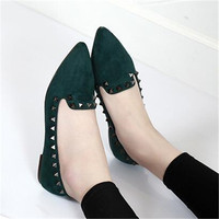 2018 Fashion Pointed Toe Women Rivet Flat Mules Shoes Luxury Slip On Shoes Women Casual Loafers