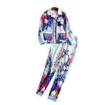 The new Europe and the United States women's 2017 spring The runway looks retro long-sleeved shirt + wide-legged pants suit