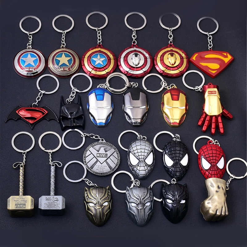 1PC Key Chain Gift Toys Marvel Avengers Metal Captain American Shield Keychain Superman Spiderman Batman Mask Keyring Toys