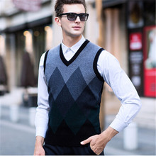 2017 winter 100% pure wool vest male V collar sleeve head warm sweater vest business middle-aged business casual men's sweaters