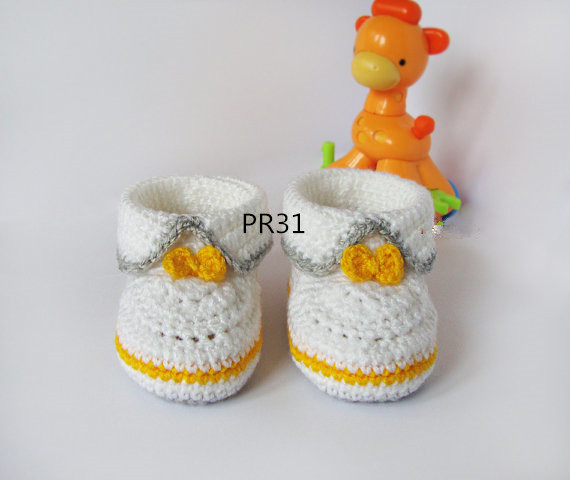 White Grey yellow crochet baby booties baby girl and boy booties shoes with yellow for gift