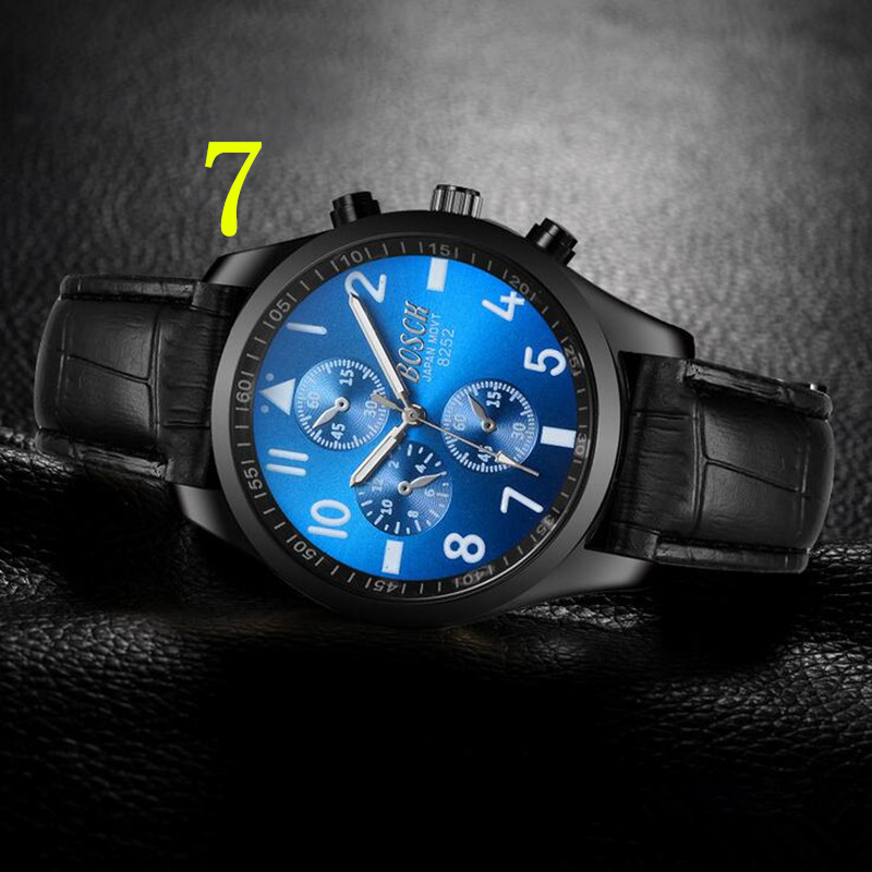 In 2018, the newly launched gold quartz luxury brand senior military watch and 22 mm stainless steel logistics male watch. 76In 2018, the newly launched gold quartz luxury brand senior military watch and 22 mm stainless steel logistics male watch. 76