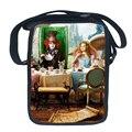 Moda Alice in Wonderland PVC Bolsas de Hombro Impresión de Alicia En el país de país de las maravillas para Los Niños Las Mujeres Del Monedero de la Honda Bolsas Cruz Cuerpo bolsa