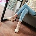 QUTAA Beige PU de cuero Zapatos de Las Señoras Cuadrados t-strap Bomba de Tacón Alto Mujer Punta Redonda de Las Mujeres Zapatos Casuales Tamaño 34-43