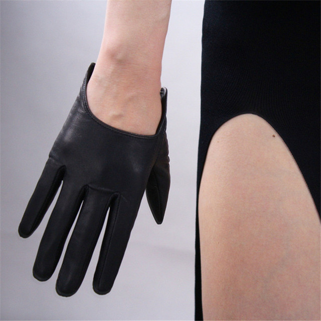 Genuine Leather Pure Imported Goatskin Gloves Female Ultra Short Style Black Punk Rock Locomotive Street Woman's Gloves TB77