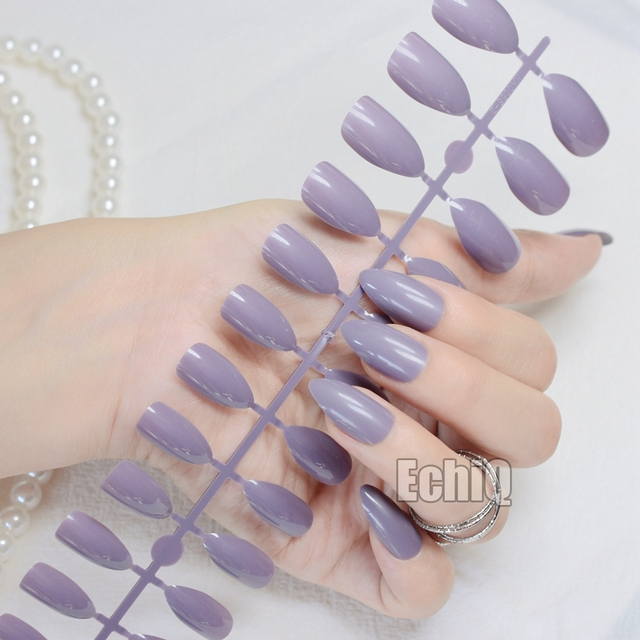 Elegant Point Stiletto Nails Almond Design Light Purple Medium Size