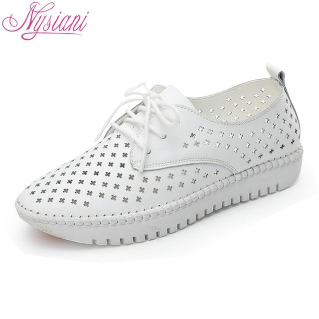 Nysiani дышащие кожаные туфли женские открытые летние модные повседневная обувь слипоны круглый носок Кружево со шнуровкой белые туфли 2018