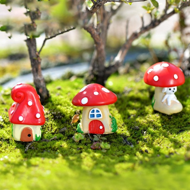 1Pcs Cute Cartoon Red Mushroom House 3 Types Random DIY Resin Fairy Garden  Craft Decoration Miniature