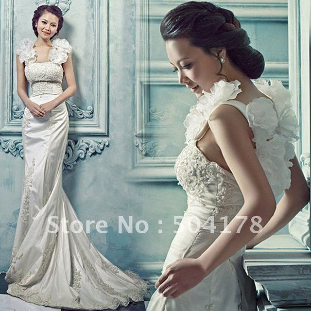 Sweet Flower Royal Princess Luxury Lace Slim Fish Tail Train Wedding ...