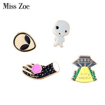 Panna Zoe Alien baby UFO prom kosmiczny Planet broszka emalia przypinka na torba na ubrania koszula kreskówka biżuteria prezent dla przyjaciela