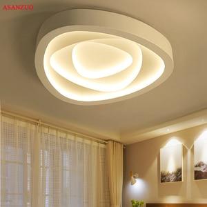 Image 1 - Plafonnier triangulaire au design créatif avec télécommande, luminaire de plafond, idéal pour un salon, une chambre à coucher, un couloir, un balcon, LED